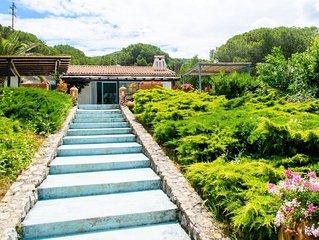 Villa indipendente a 50 metri dal mare