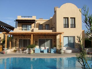 Villa Apica - stunning villa, private pool, BBQ, Sky TV, wifi
