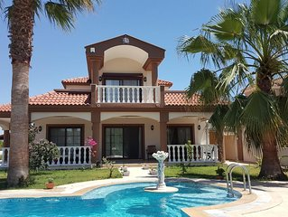 Luxus Villa 220qm Salzwasser 80qm Pool Garten 2300qm