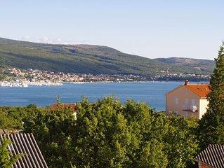 Ferienwohnung 45 m², Meerblick, Insel Krk, ruhige Lage, Terrasse, Klima, WLAN