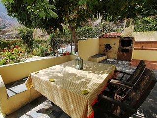 Ferienhaus mit viel Platz, Terrasse und Garten