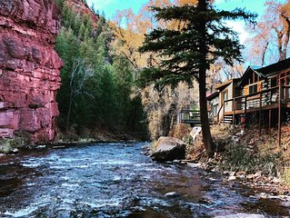 ❤️of the Frying Pan River I Big Bear Cabin with riverfront