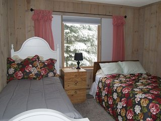 Cozy 4 season getaway in Vermont near Mt. Snow