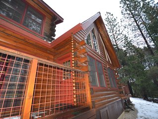 Lost Mine Retreat, Custom Log Hm w Spa, 7 mi to Nevada City, Scotts Flat Lake, S