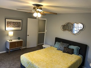 Midtown Cozy Duplex minutes from everything!