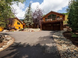 Stunning Modern New Contruction in East Vail