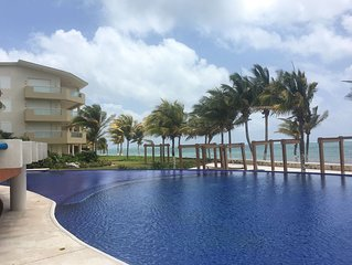 Cancun area, ocean front luxury spacious condo