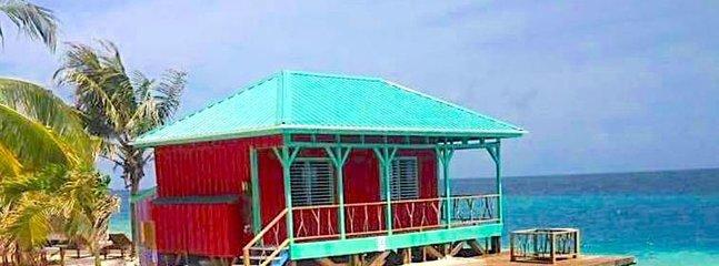 Le vivaneau rouge Cabana West View