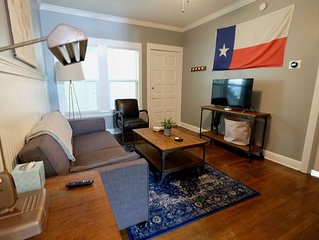 Entire Restored Apartment Near Downtown