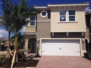 Beautiful 3 bedroom 2.5 bath Fort Myers townhouse