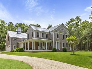 Family Friendly- Close to Beaches/Villages of EH & Sag Harbor. A chef's dream!