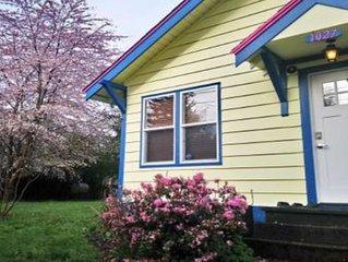 Beautiful Northeast Olympia Cottage