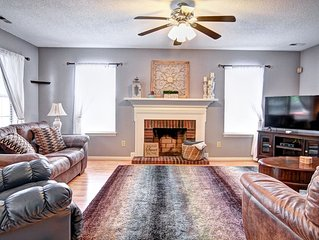 Beautiful Home In Great Charlotte Location!