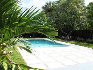 Private pool home, 40% monthly discount through August!