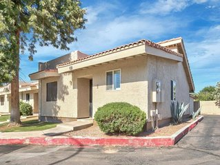 Cozy 2 Bedroom Condo , Walking Distance to Old Town Gilbert!