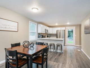 Modern Home, 3 mins to Downtown & Hospitals!!