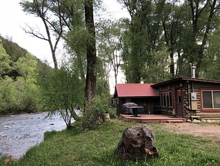 ❤️of the Frying Pan River I Fisherman's Cabin
