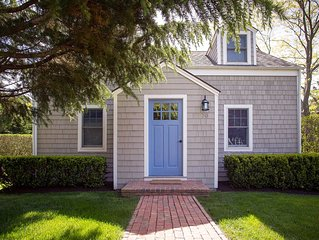 Bright and airy East Hampton cottage, walk to town, bike to beach!