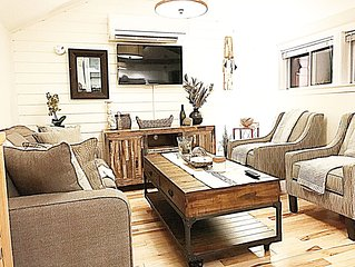 DOG Friendly NO pet fees. 5 minute walk to the beach and attractions