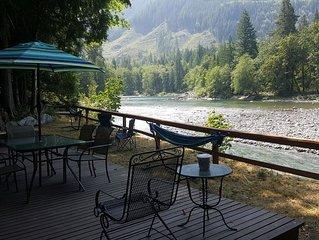 Windy River Retreat riverfront cabin