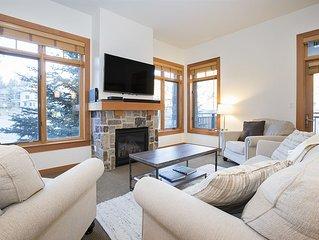 Gorgeous Slopeside Condo, Renovated! ~ Capitol Peak Lodge