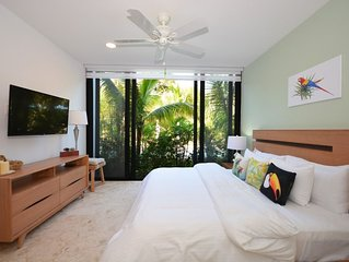 Bright and beautiful condo to relax in