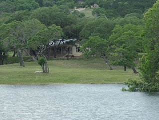Beautiful house on 10 acre private lake stocked with bass, 4.5 miles from Boerne
