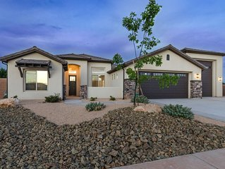 Play House by the Dunes! 4 Bed,Close to Zions,St George, Golfing,Fishing&Boating