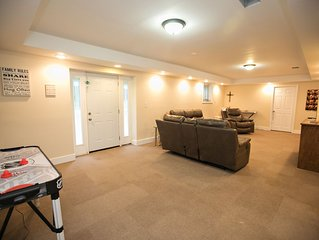 Modern Basement Apartment (+office) 2000 sq ft