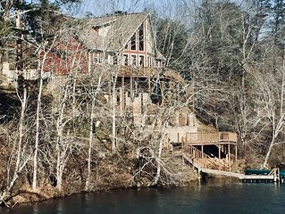 Gorgeous Views of Lake and River one of a kind property sitting on the dam