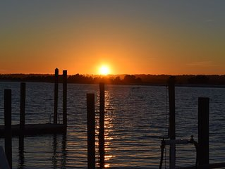 GORGEOUS SUNSETS!!  BANKS CHANNEL CONDO- WRIGHTSVILLE BEACH - Beach, bike, surf.