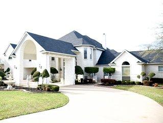 Newhouse Manor Dallas Premier Rental