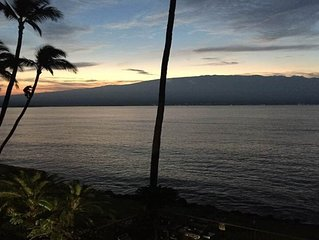 Waterfront Property , just remodeled.    Whale watching from lanai in season.