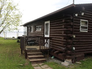 Cozy Log Cabin on Lake Champlain - Beautiful Views - has 3 bedrooms