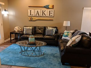 Newly Remodeled Condo: Lake, Oaklawn, Historic Downtown