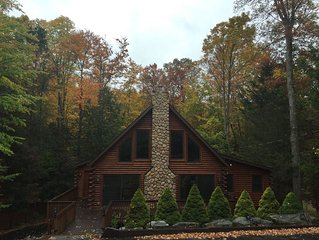 Beautiful Log Cabin in The Hideout