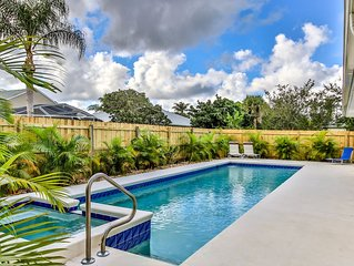 Tropical family get away in Sebastian with heated pool!