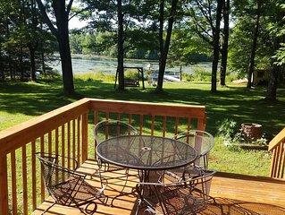 Cedar Cabin: Solberg Lake Retreat