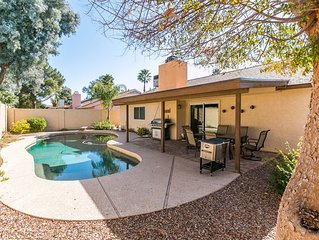 Modern Vacation home in charming Kierland Scottsdale location! Great Rates!