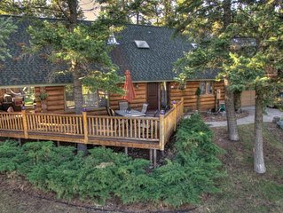 Majestic Log Cabin with Waterfront View - great location to enjoy Montana