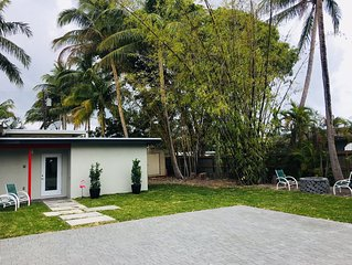 Beautiful beach house, perfect to enjoy Florida weather. restaurants and more