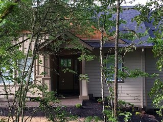 Tualitan Valley Wine country gem! Single story, secluded & quiet 7acres w/views