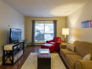 ★NEW! TOP Floor 1-Bedroom Condo - Walk Downtown!★