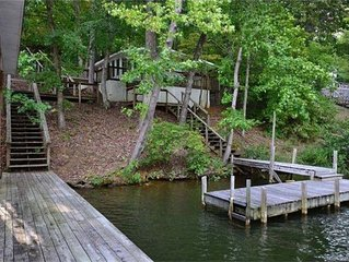 Waterfront House on Lake Tillery in Quiet Cove