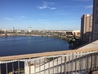 SO Close! Rare Condo w/Terrace 2 BR /2 Bath 1 mi  from Universal off I-Drive