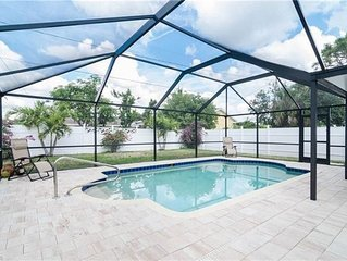 SALT WATER POOL - STYLISH 3 BEDROOM HOME