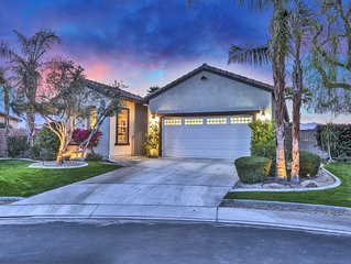 LUXURY LAKEFRONT HOME WITH PRIVATE POOL & HOT TUB IN GATED COMMUNITY!