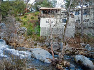 Romantic Hideaway on Lewis Creek Just 12 Miles from Yosemite/Mariposa Grove