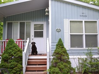 Resort Cottage In Point Sebago Resort