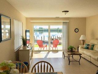 Beautiful Ground Fl Bayfront Condo Right on Lemon Bay with Breathtaking Sunrises